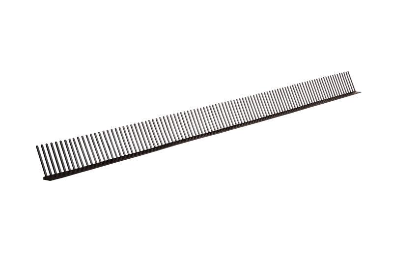 Eaves ventilation comb
